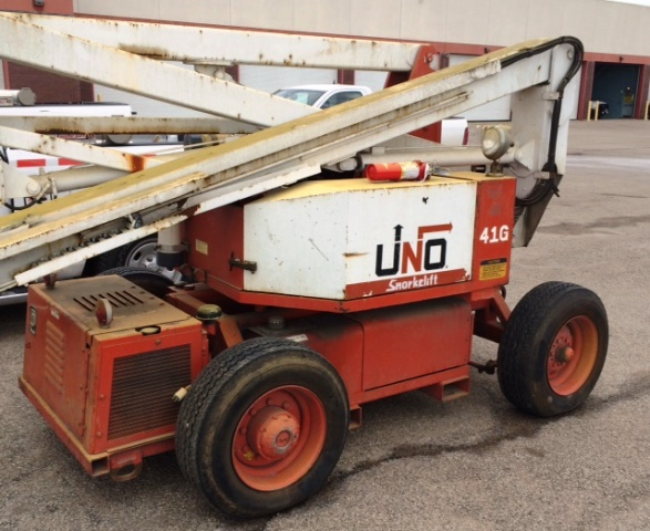 Snorkelift Boom Manlift UNO-41G Reach 40 ft. (990056) on