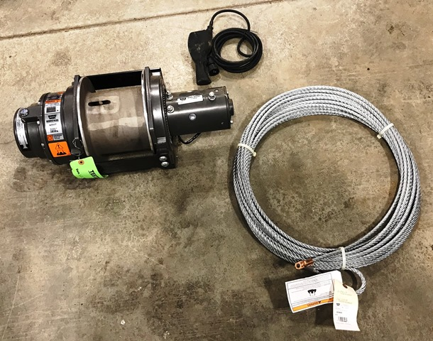 Warn DC4000 12V Electric Hoist (Missing Warn Part 39602)