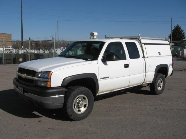 2004 chevrolet silverado 2500hd work truck ext cab 4wd. Black Bedroom Furniture Sets. Home Design Ideas