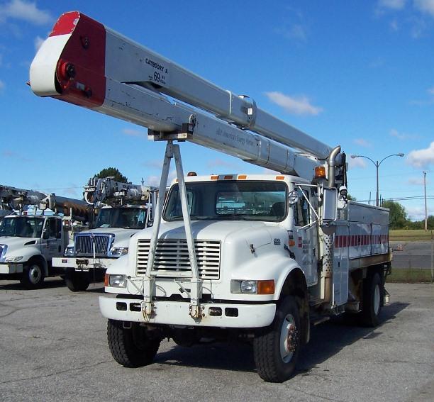 2002 International 4800 4X4 Bucket Truck w/70Ft Reach (780019)